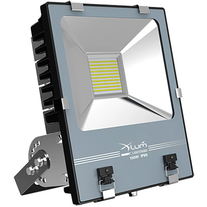 130 volt outdoor flood lights review about 15 million for Fixture exterieur led